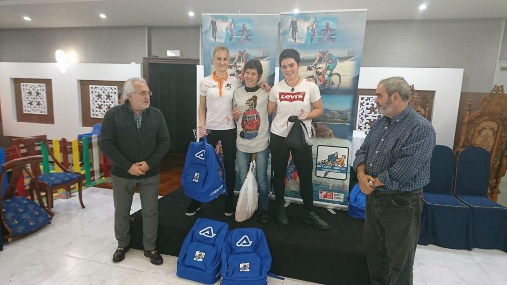 Podium absoluto femenino del circuito vizcaíno de duatlon 2017
